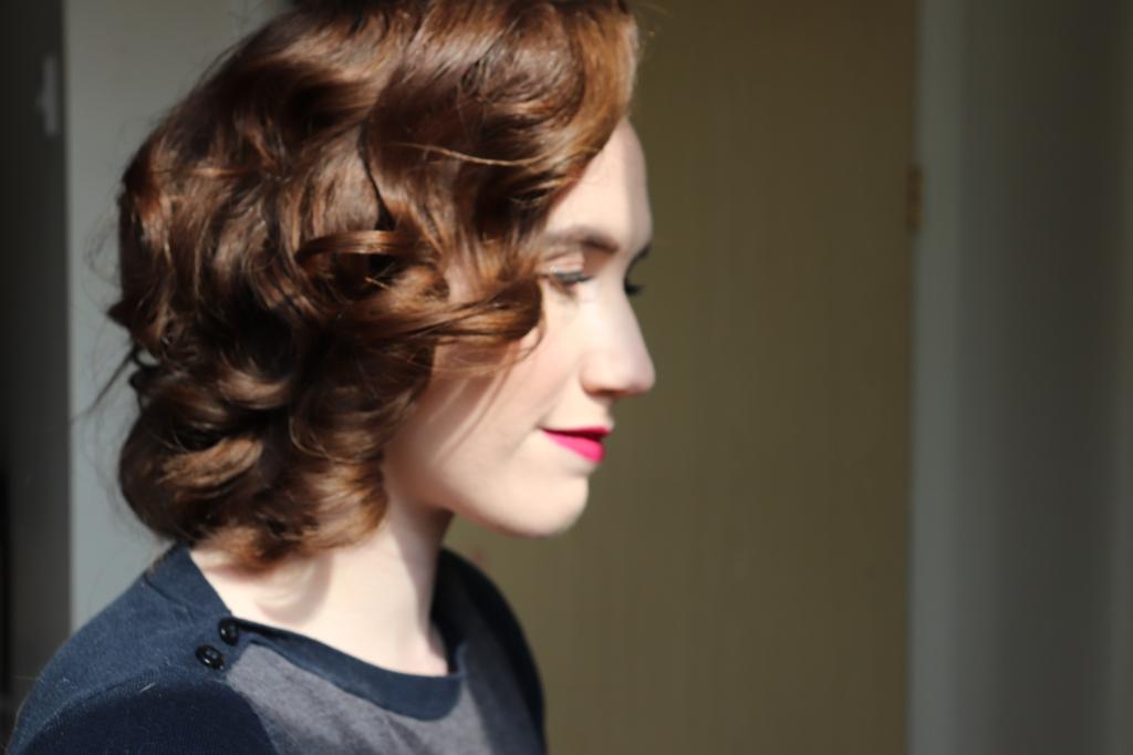 Marcel spray curls